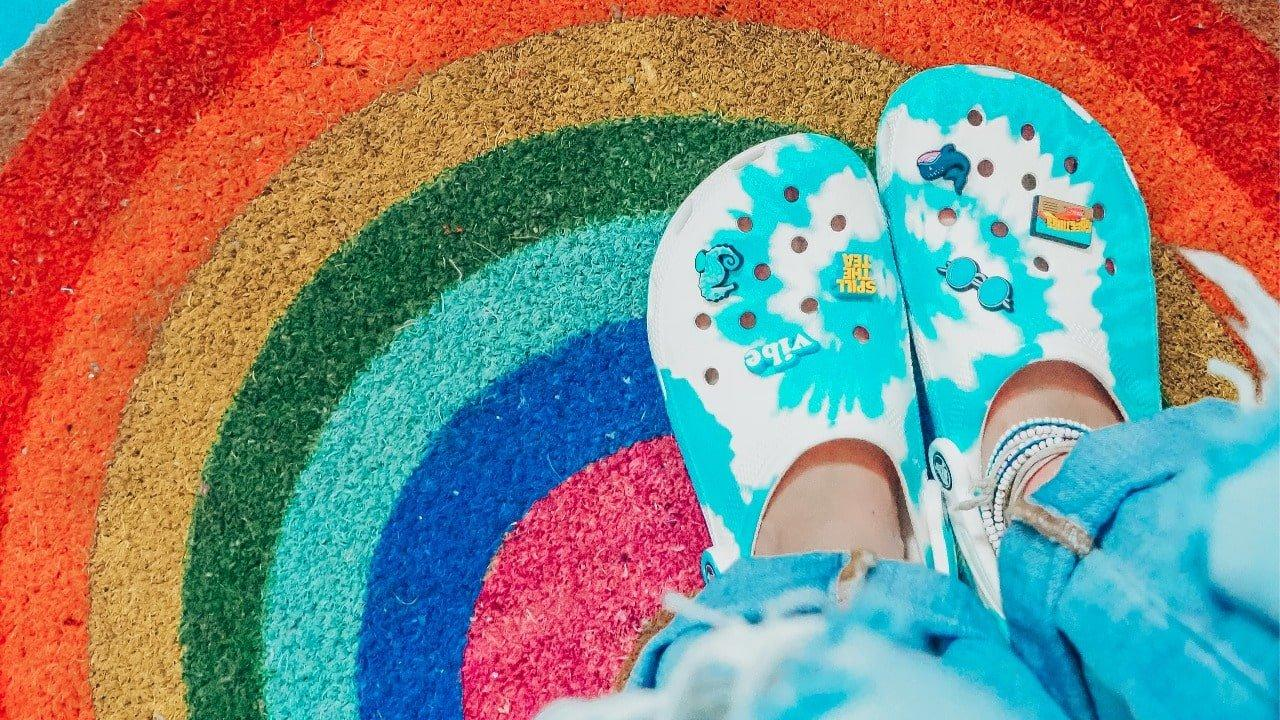 Your Guide To Crocs Clog Shoes